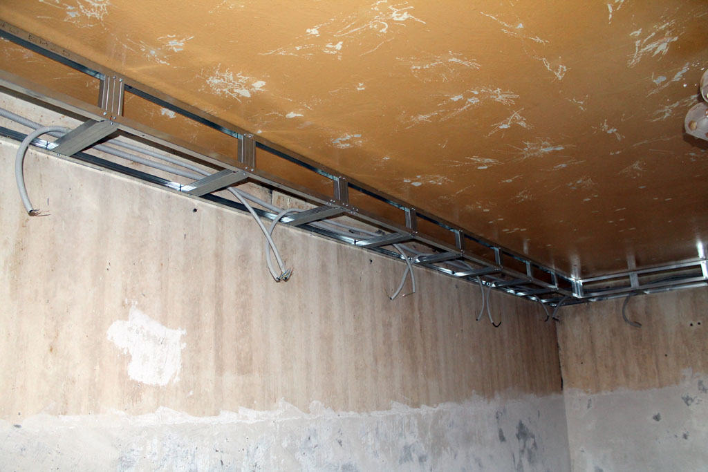 A box under the suspended ceiling with lights